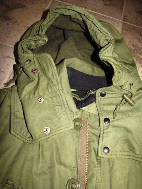 Canadian Army Combat Parka Extreme Cold Medium Regular Army Issue
